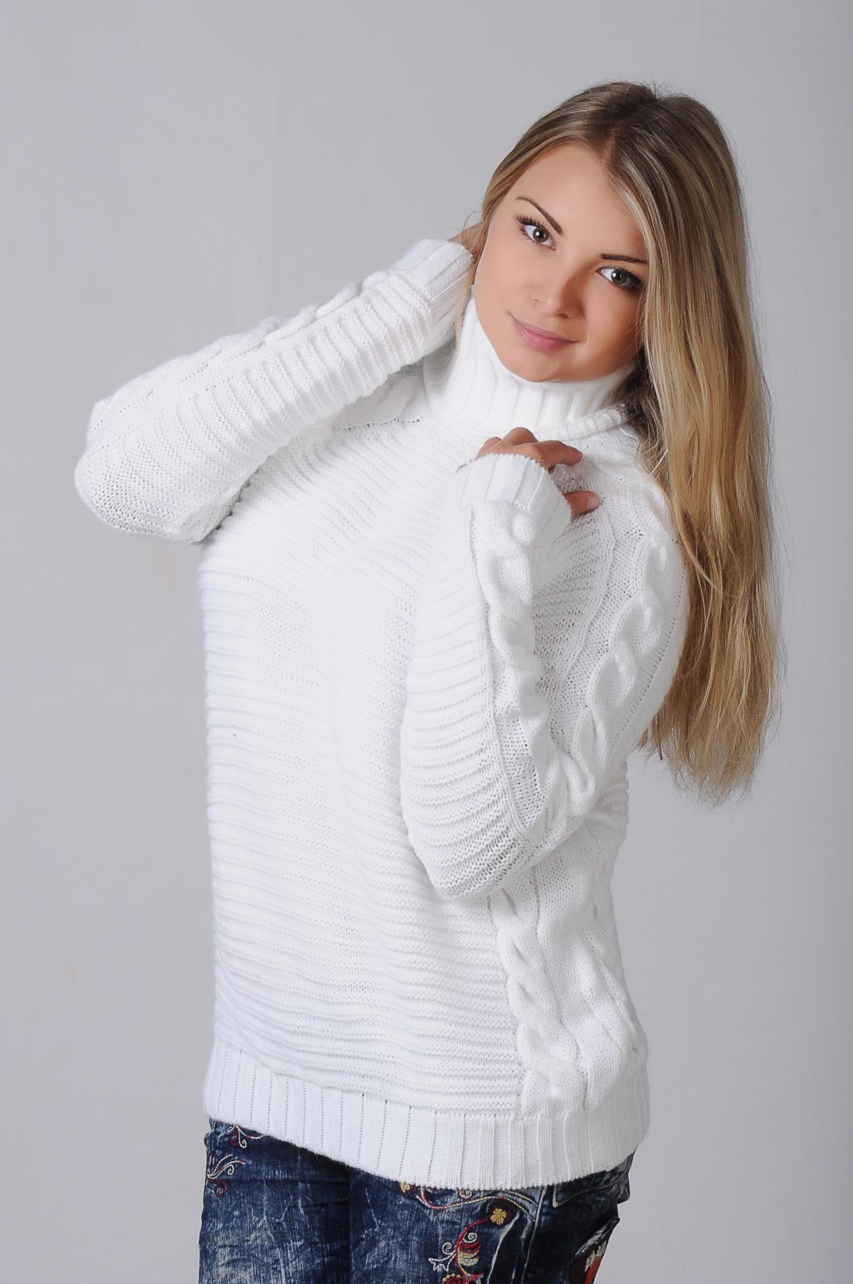 Белый свитер крупной вязки женский доставка