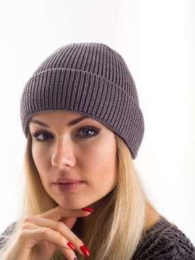 fbf45591cf6c Купить вязаные шапки оптом и в розницу, женские трикотажные береты ...